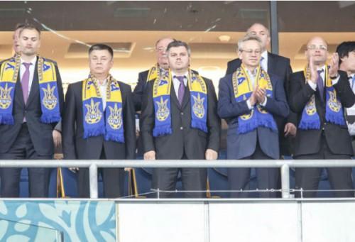 Міністри-друзі: Ставицький (по центру), по ліву руку від нього – Присяжнюк, далі Проскуряков